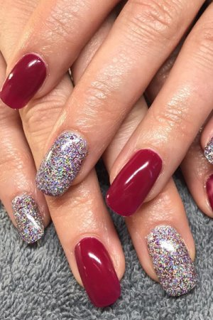 Nails-at-top-hair-beauty-salon-in-Corbridge-Northumberland